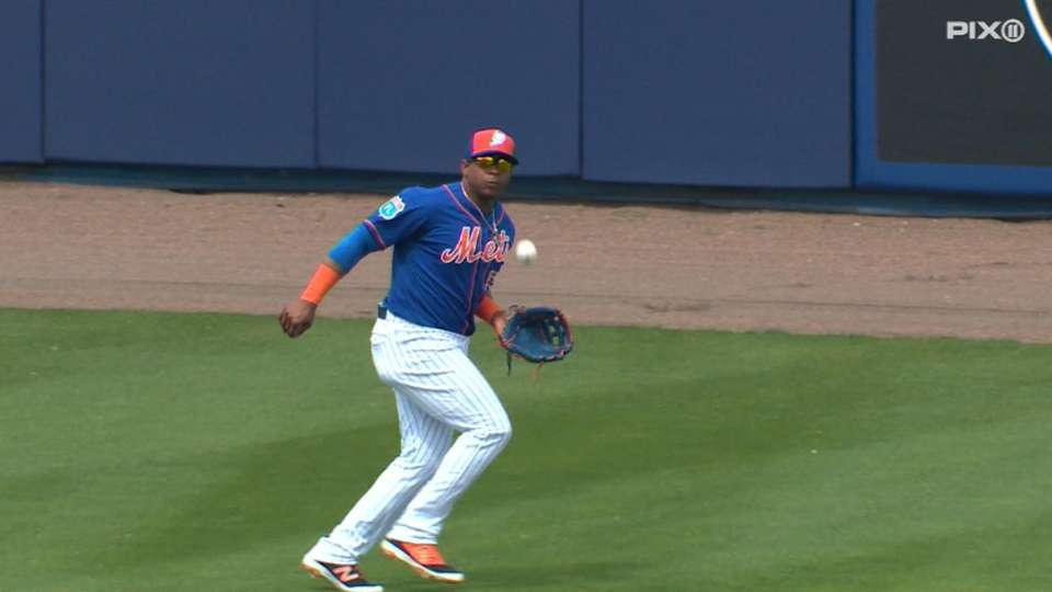 Cespedes makes it look easy