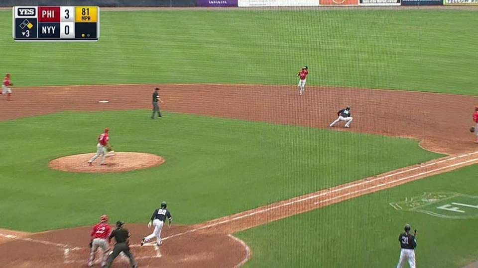 Hernandez turns the double play