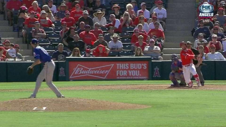 Giavotella's three-run homer