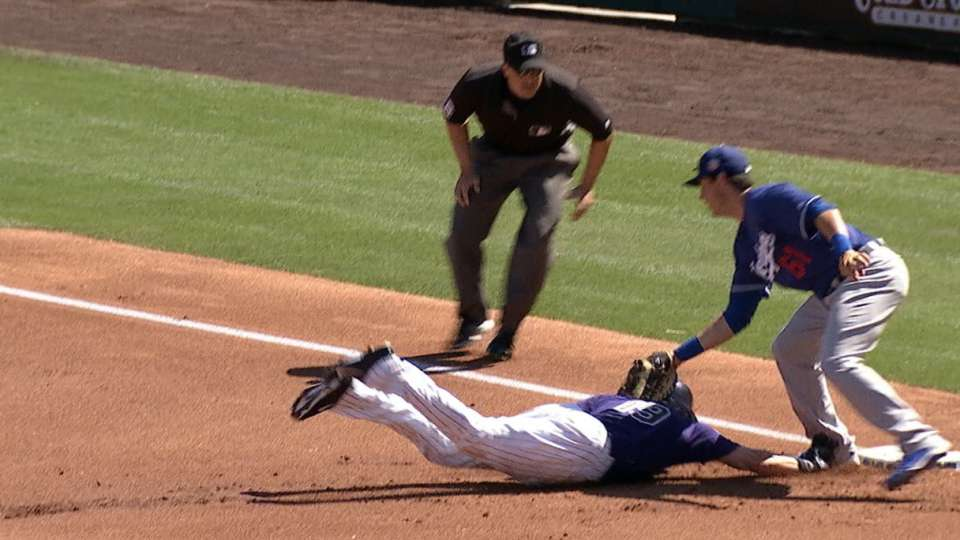 Dodgers' defense shines in 1st