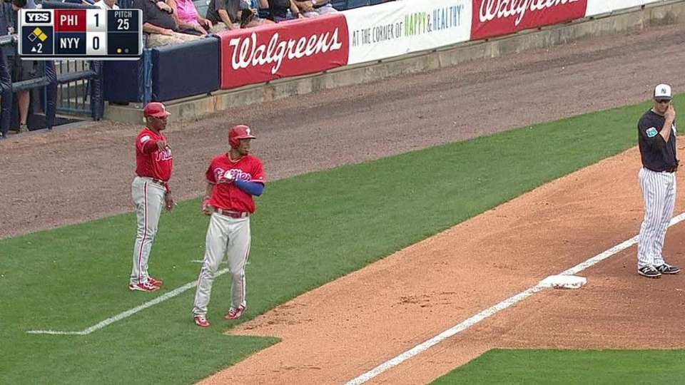 Williams' RBI double in 2nd