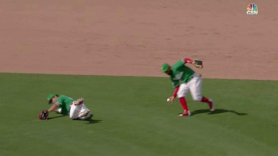 Blanco's barehanded play