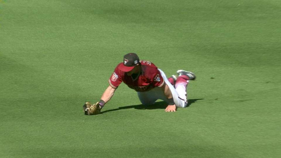 Marzilli's nice diving catch
