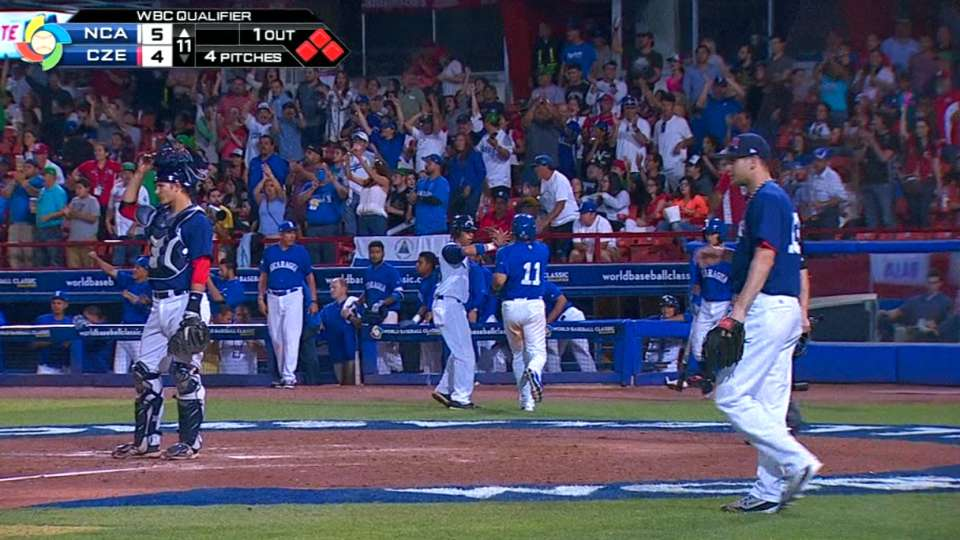 Nicaragua plates three in 11th