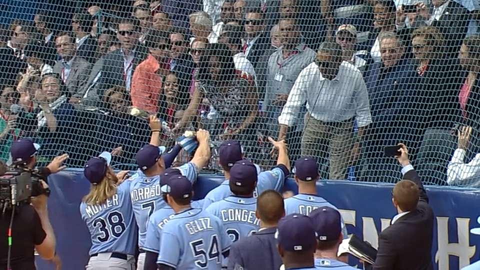 Rays greet Obama