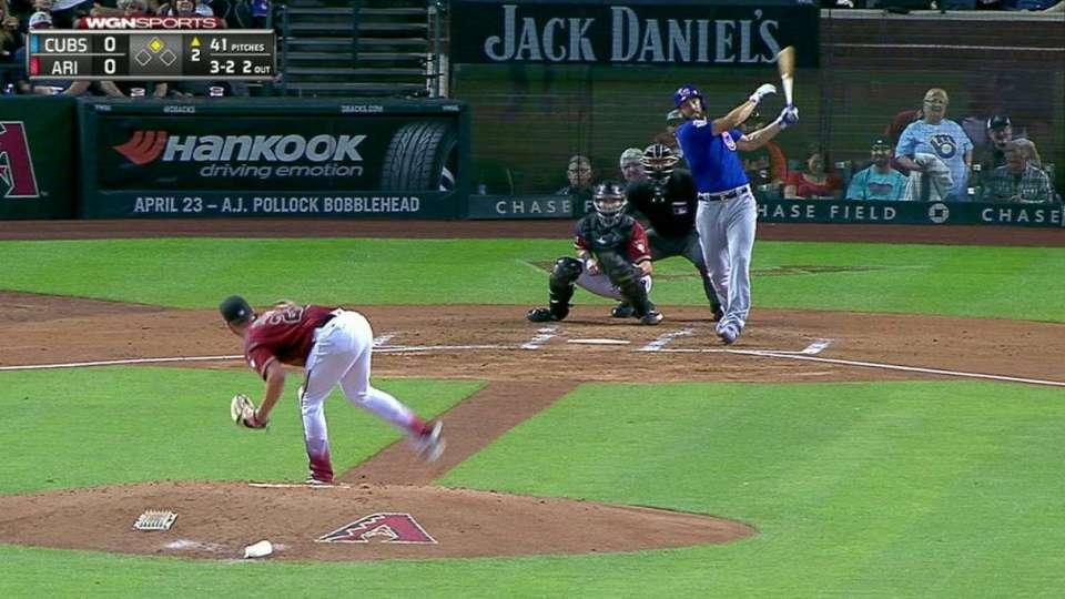 Arrieta's two-run homer