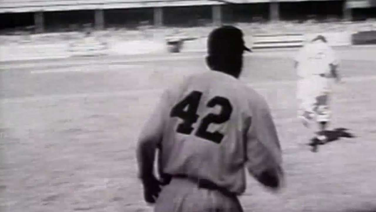 MLB brings back No. 42 for Jackie Robinson Day  688da6f4fce