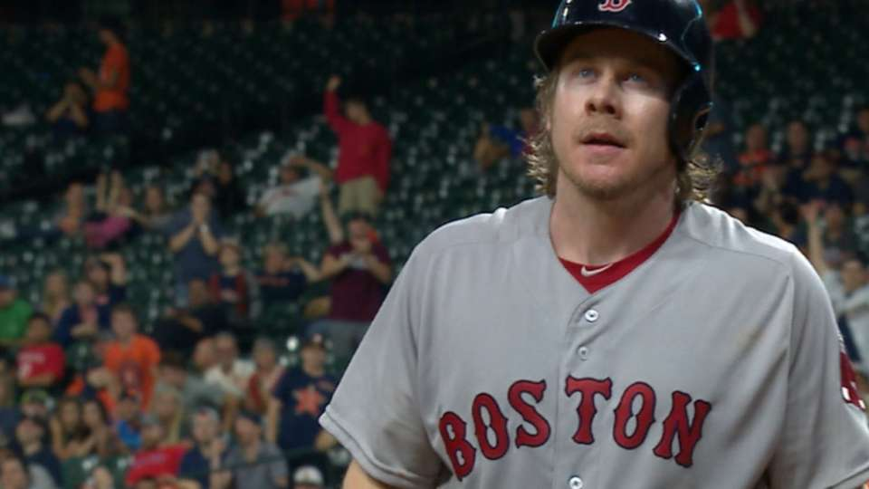 Hanigan wins 13-pitch at-bat