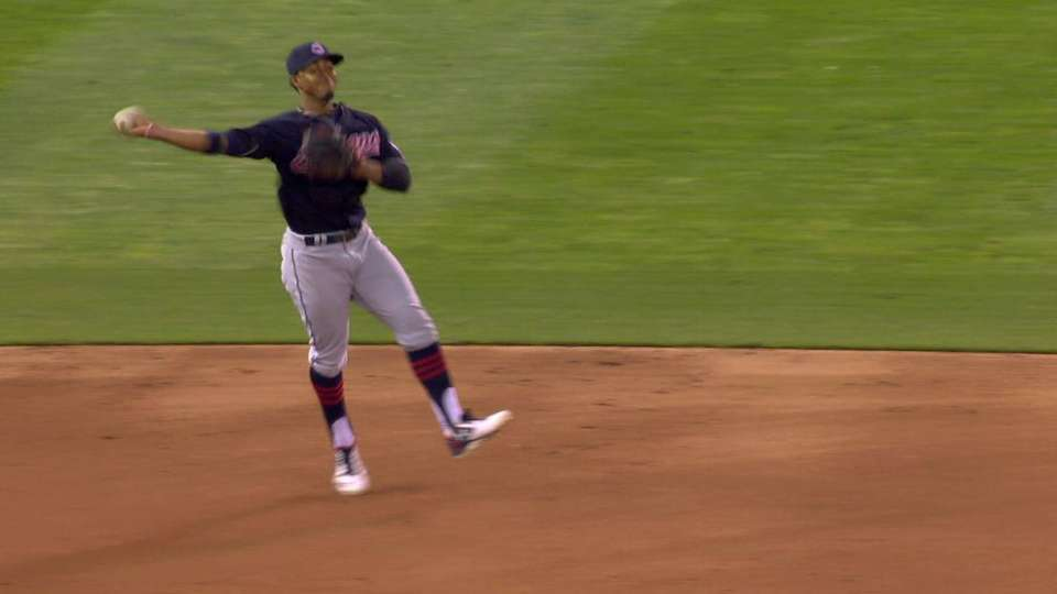 Lindor shows off his arm in 3rd