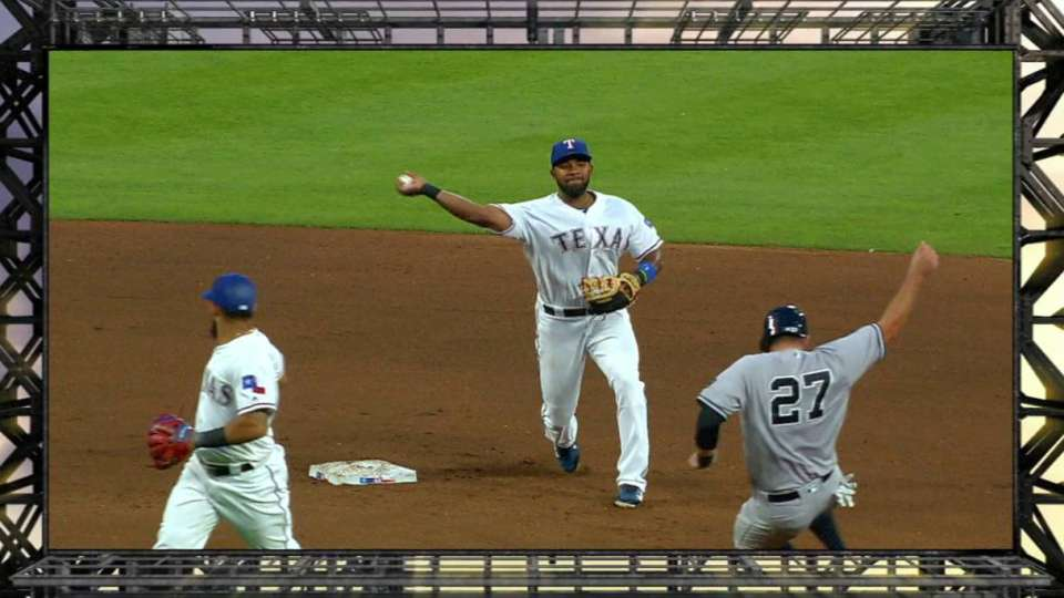 Odor, Andrus turn double play