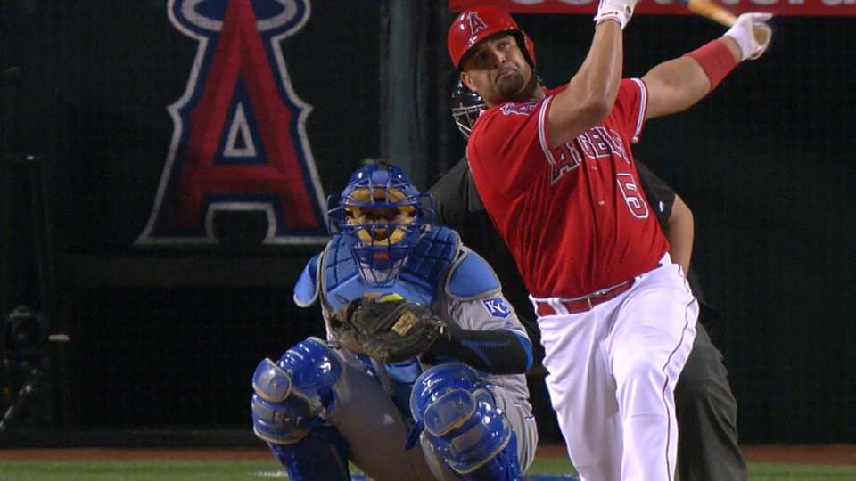 Must C: Pujols blasts two homers