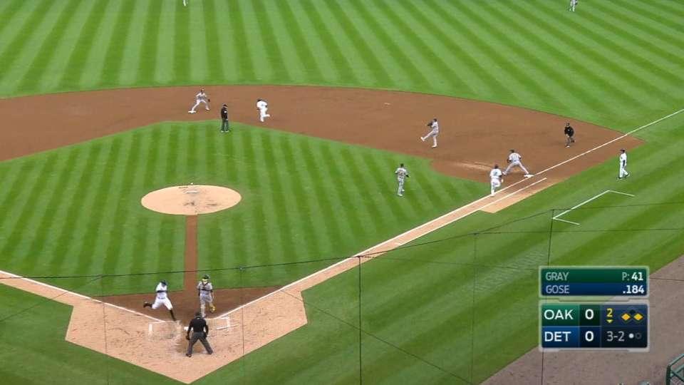 Gose's RBI fielder's choice