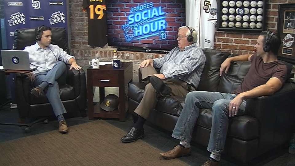 4/28/16: Padres Social Hour