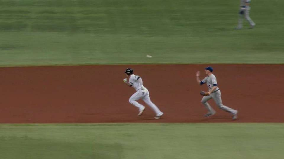 Donaldson tags out Guyer