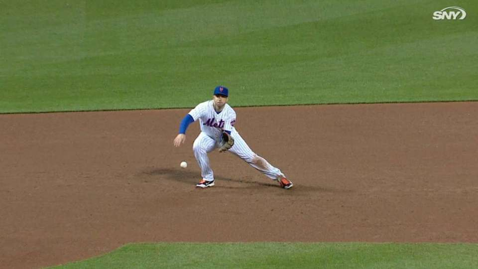 Wright snags liner, turns two