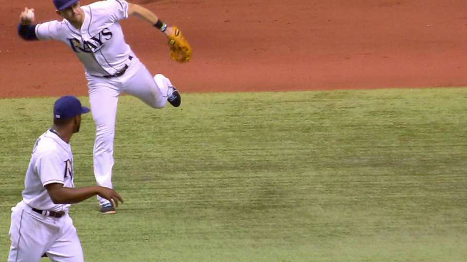 Longoria doesn't need a glove