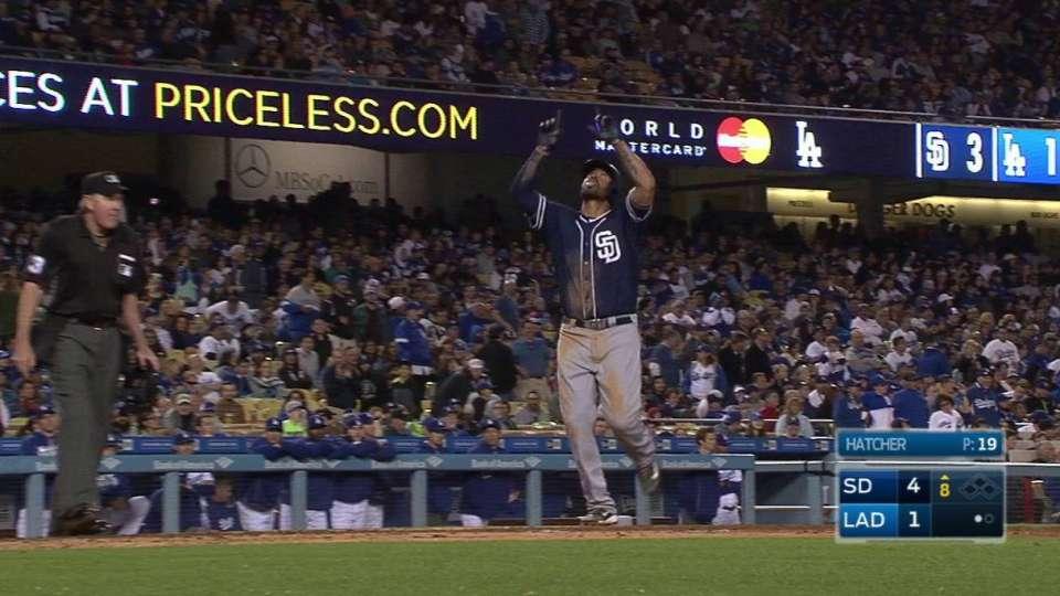 Kemp's go-ahead homer