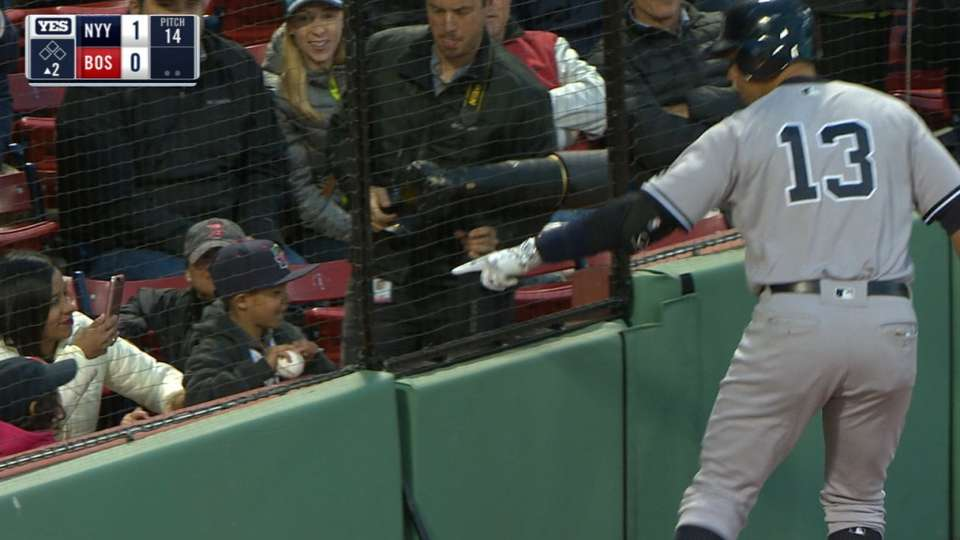 A-Rod pega JR en Boston