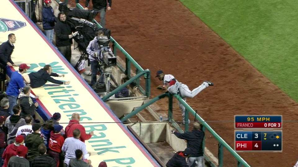 Uribe's over-the-railing grab
