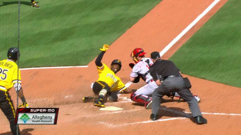 Marte's game-tying single