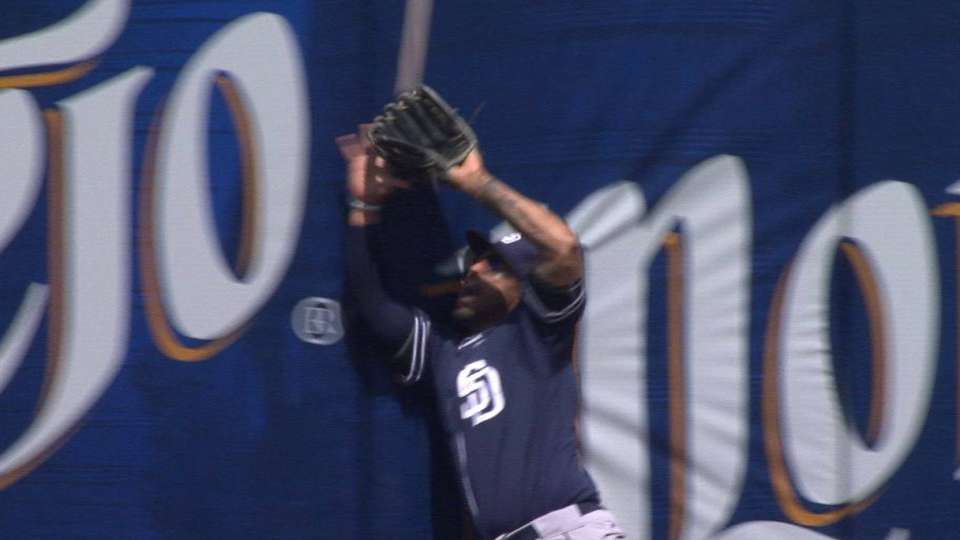Kemp's catch at the wall