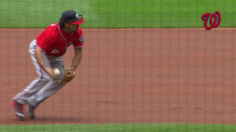 Rendon flashes leather at third