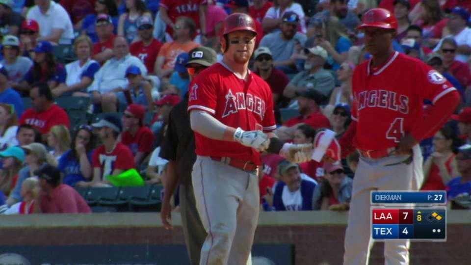 Calhoun's broken-bat RBI single