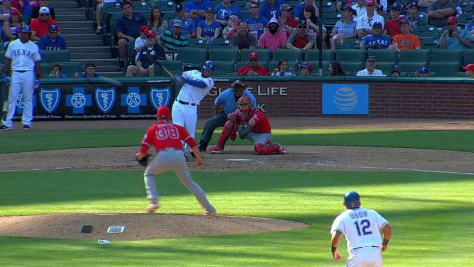 Mazara's RBI single to right