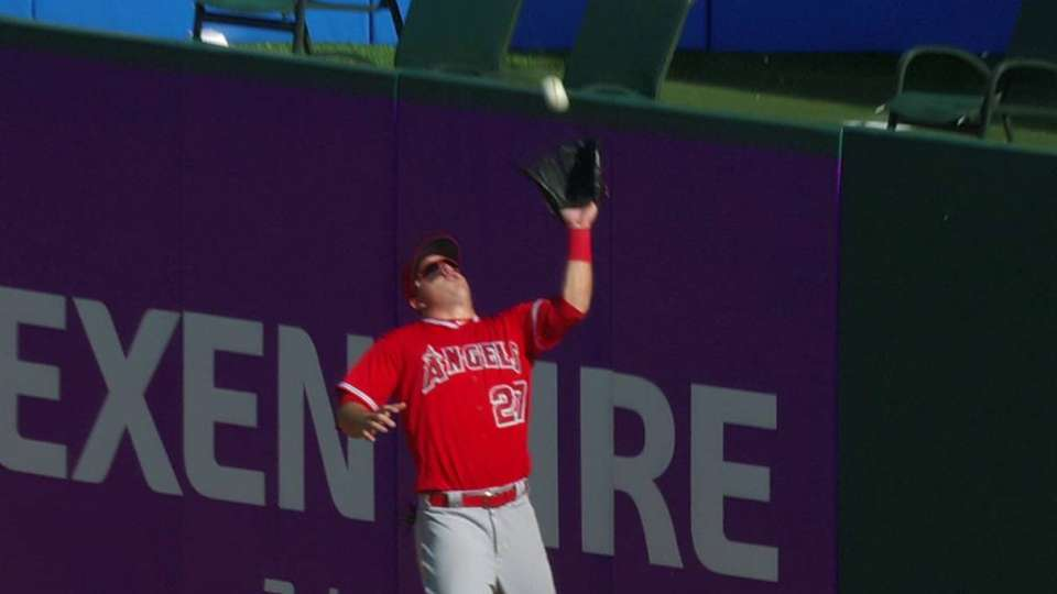 Trout's leaping grab at the wall