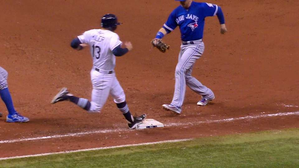 Miller notches single in the 9th