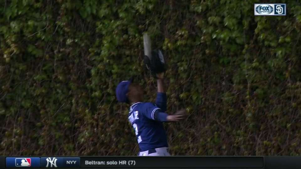 Upton Jr.'s running catch