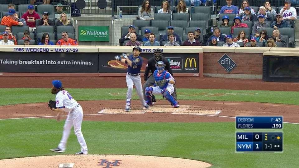 Flores' first Major League homer