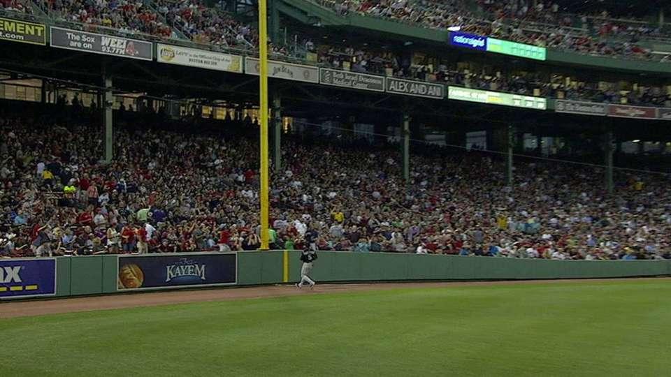 Umpires overturn homer