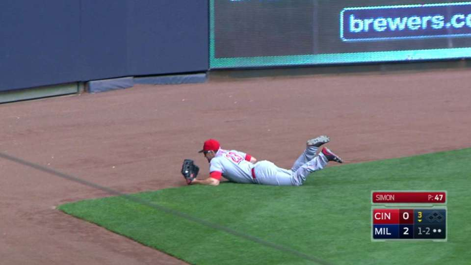 Duvall's diving catch