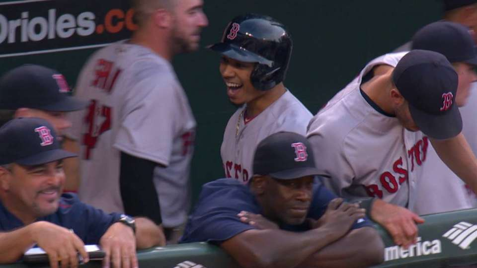 Betts' leadoff home run