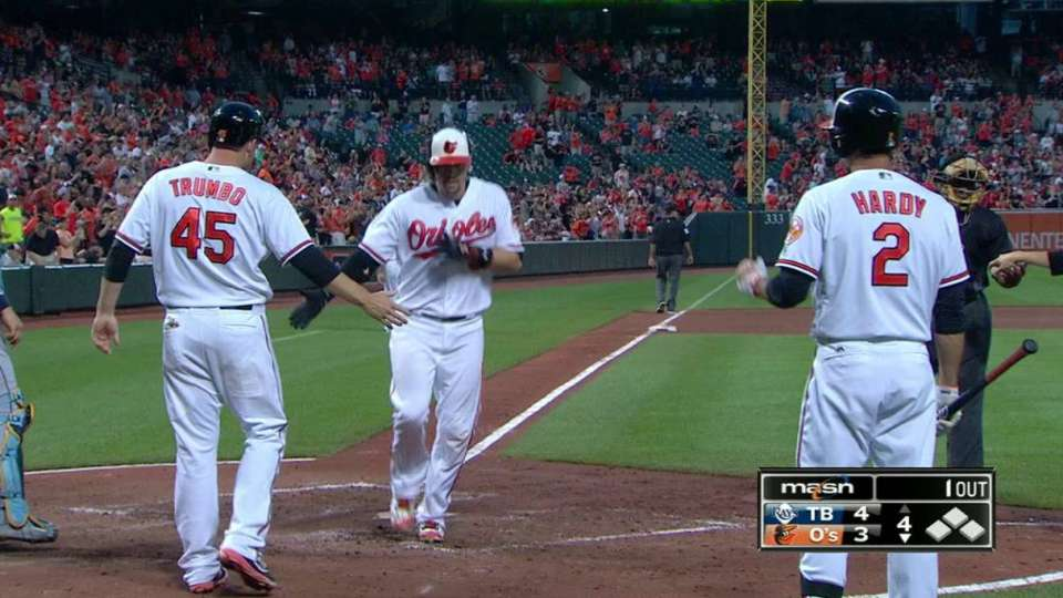 Wieters' monster two-run homer