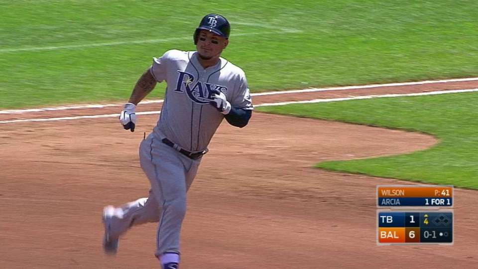 Arcia lifts home run to left