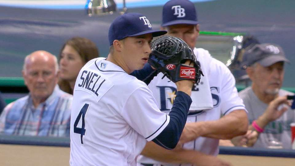 Snell earns first MLB win