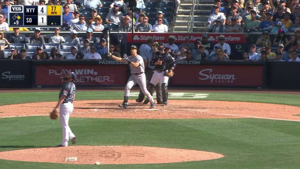 Teixeira's two-run homer