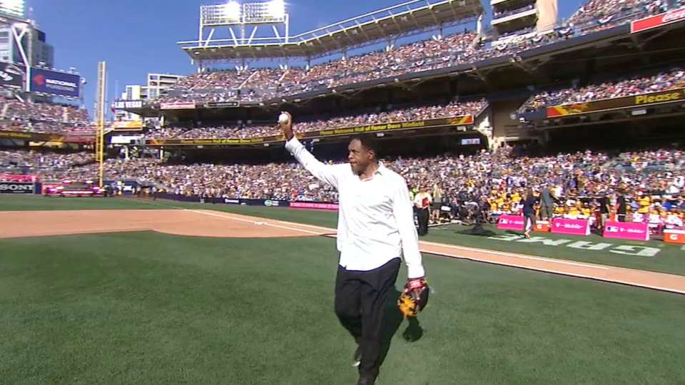 Winfield tosses first pitch