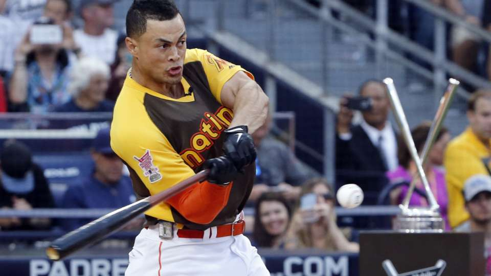 Stanton wins 2016 Home Run Derby
