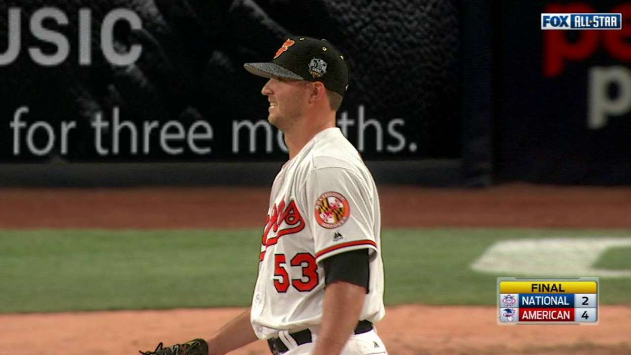 Britton earns save for the AL