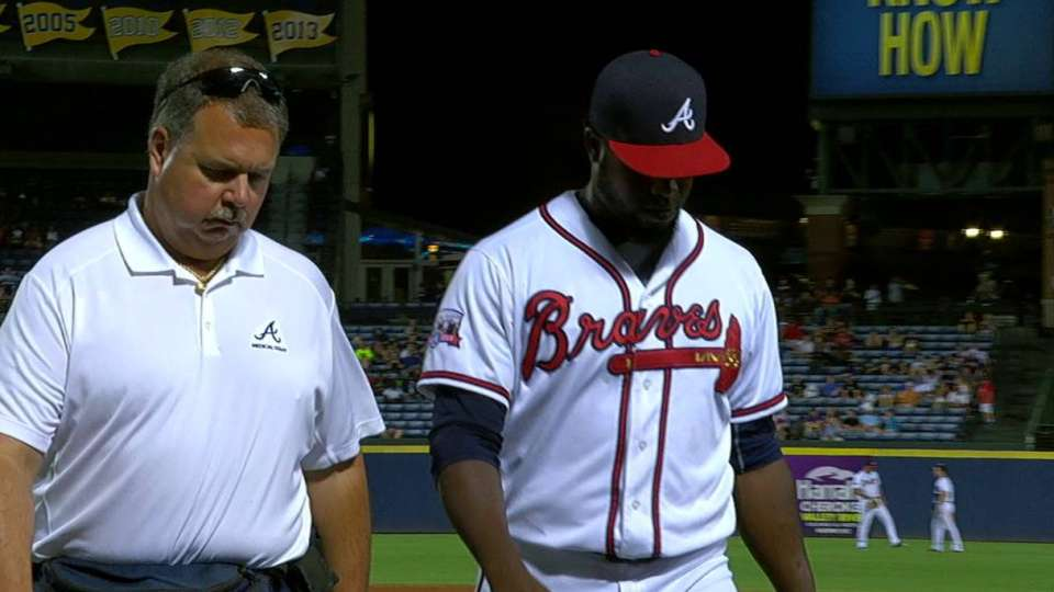 Vizcaino forced to leave game
