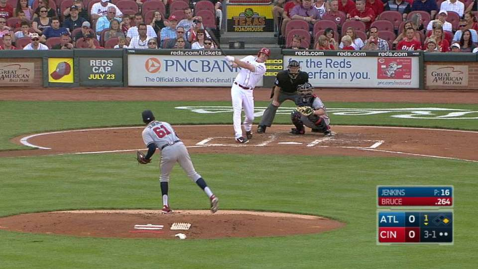 Bruce's two-run homer