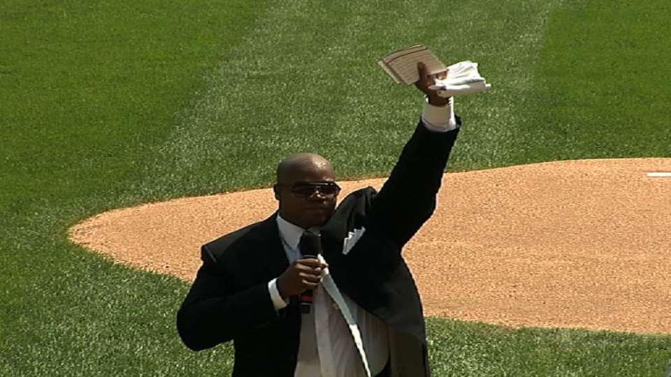White Sox honor the Big Hurt