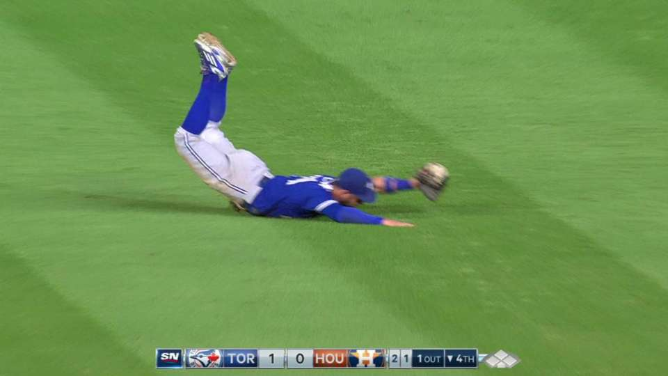 Pillar's incredible diving catch