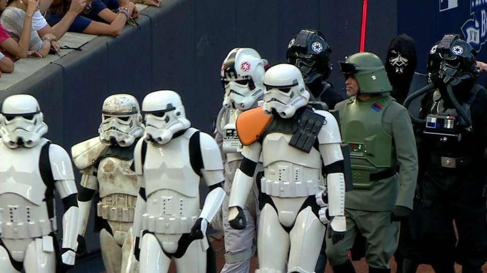 Yanks host Star Wars night