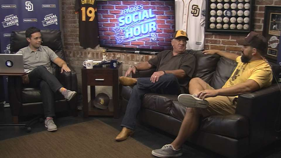 8/19/16: Padres Social Hour
