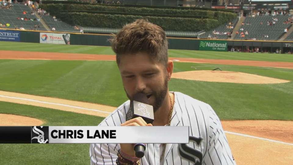 Chris Lane at U.S. Cellular