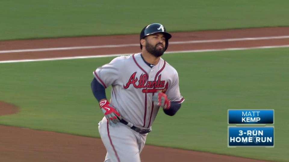 Kemp's long three-run homer